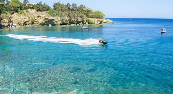 Agia Pelagia beach - water sports
