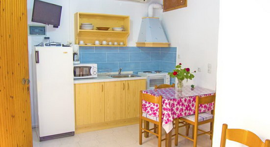 rooms kitchen corner